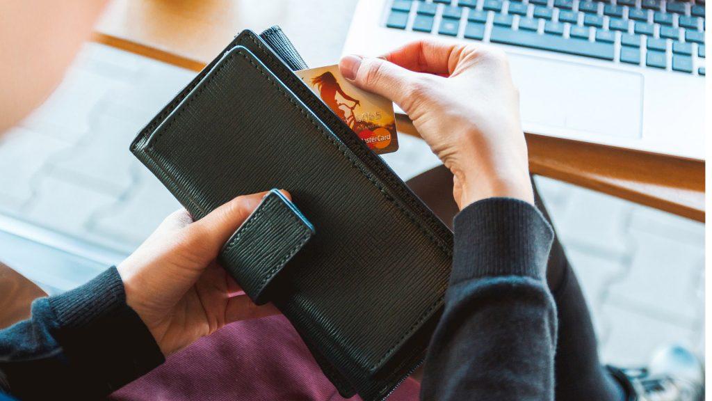 Jak vybrat peněženku