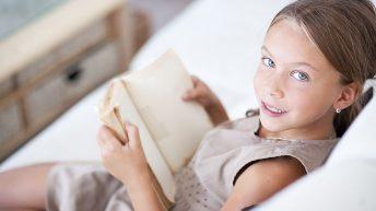 Rádce: Odkdy je vhodné nechávat dítě doma samotné
