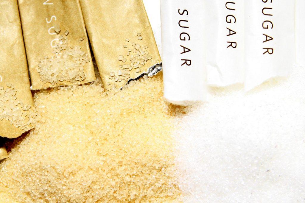 Bílý cukr, třtinový cukr
